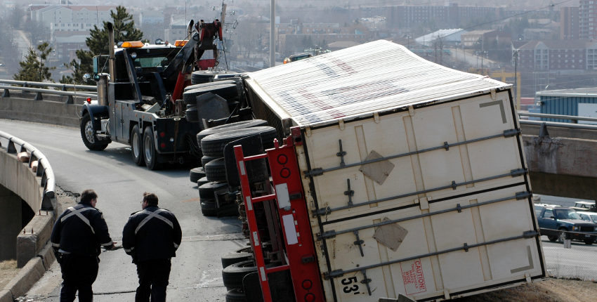 semi-truck-accident-850x430